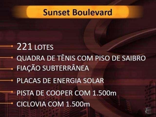 SUNSET BOULEVAR