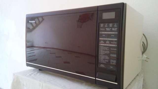 Micro-ondas Panasonic Grande