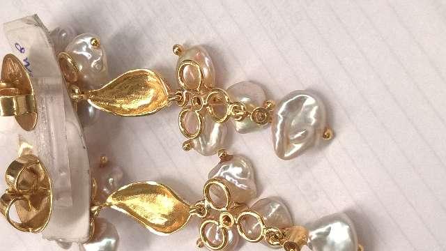brinco de ouro amarelo com brilhantes madeperolas rubi