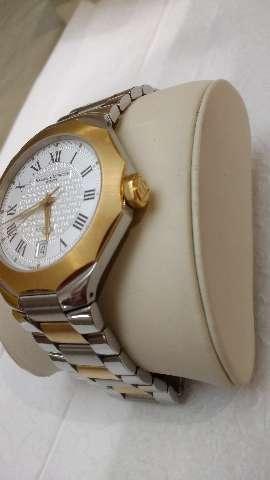 Relógio marca baume mercier modelo Riviera aço ouro automático
