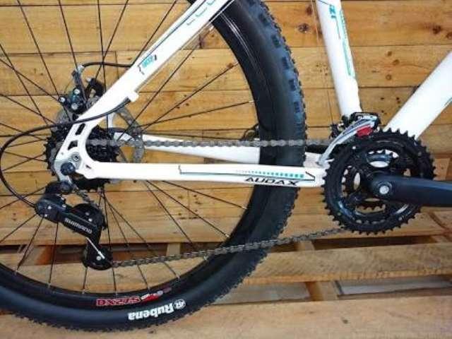 Bike Audax nova na caixa