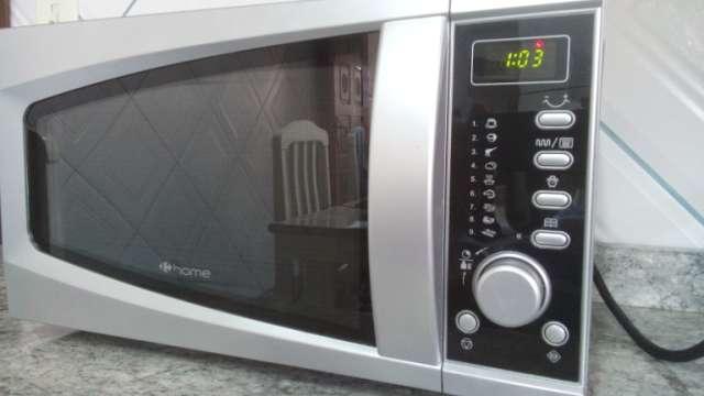 Micro-ondas Homer, com pouquíssimo uso
