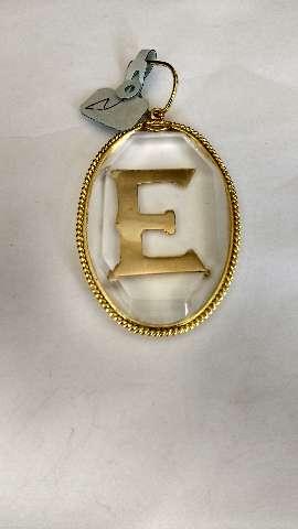 Pendente em em ouro cristal  com  E