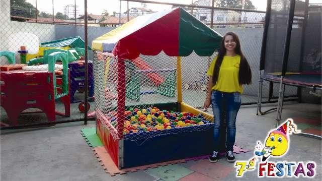 Promoção. Totó, cama elástica e piscina de bolinhas ( Sétima Festas )