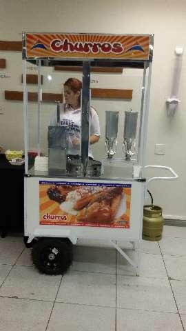 Aluguel de carrinho de churros alta qualidade
