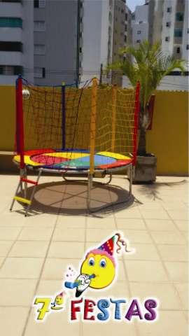 Alugamos piscina de bolinhas e cama elásticas pequenas!