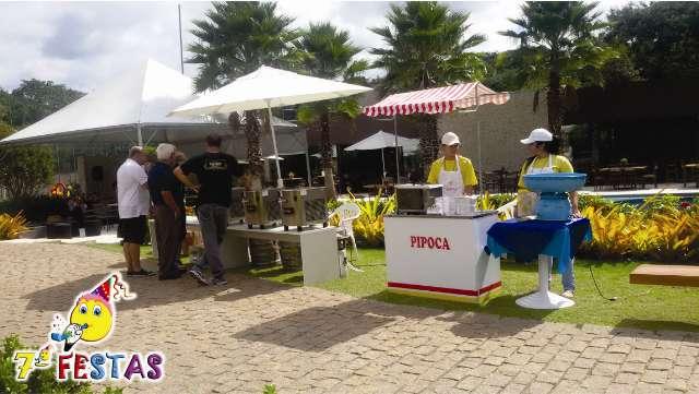 Oferecemos toda a Infra-estrutura de serviços com algodão doce e pipoca para seu evento