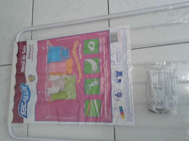 2 varais de teto - 60 cm x 1,20 metro - brancos - sem uso - na embalagem - novos